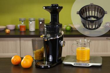 Сок из апельсинов в соковыжималке Hurom H-100