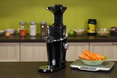 Морковь для сока в Hurom H-100