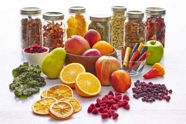 Сушёные фрукты, ягоды, орехи и пастила