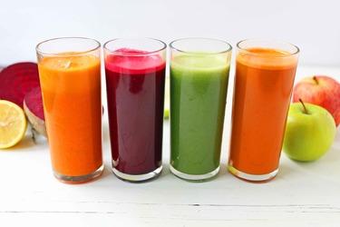 Замените сладкие спортивные напитки на любой сырой сок