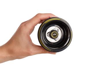 Зелёный сок в соковыжималке Hurom GI-SBE08