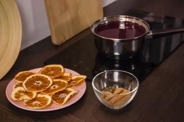 Глинтвейн из свежевыжатого виноградного сока