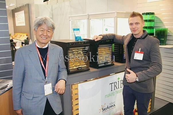 Виктор Чиликин и основатель компании Tribest Джей К. Чой
