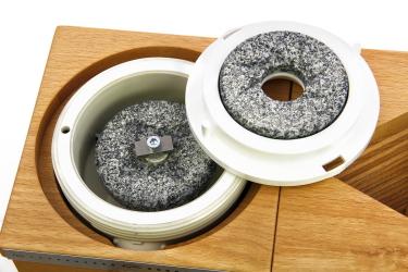 Керамо-корундовые жернова 75 мм