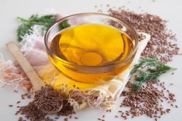 Польза чайной ложки льняного масла